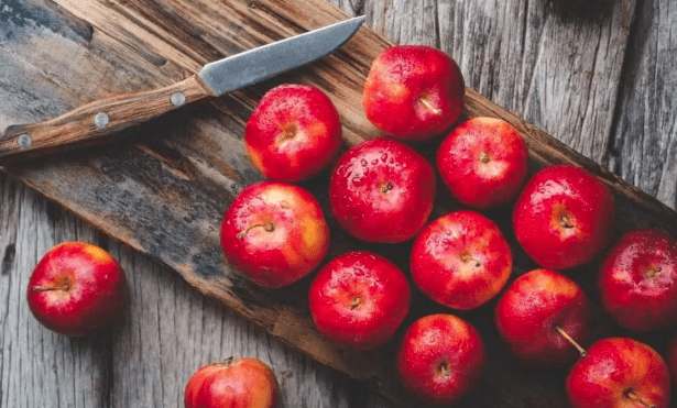 Apples is the best food to cope with depression