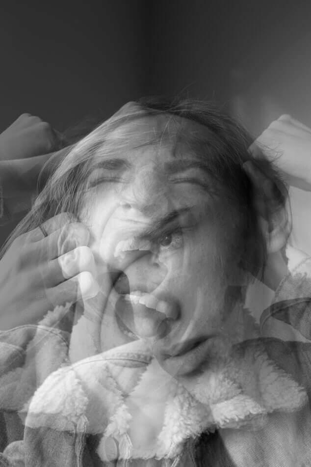 Symptoms of Split Personality Disorder