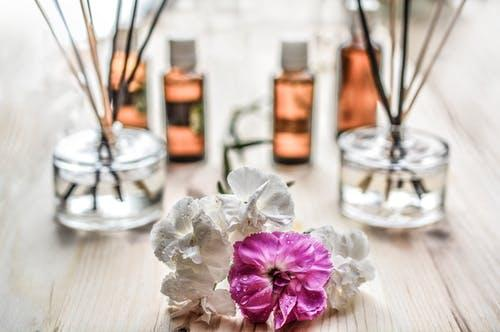 Enhance your Mood with Aromatherapy