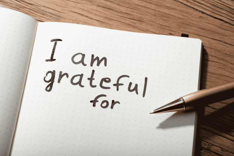 Writing-in-a-gratitude-journal