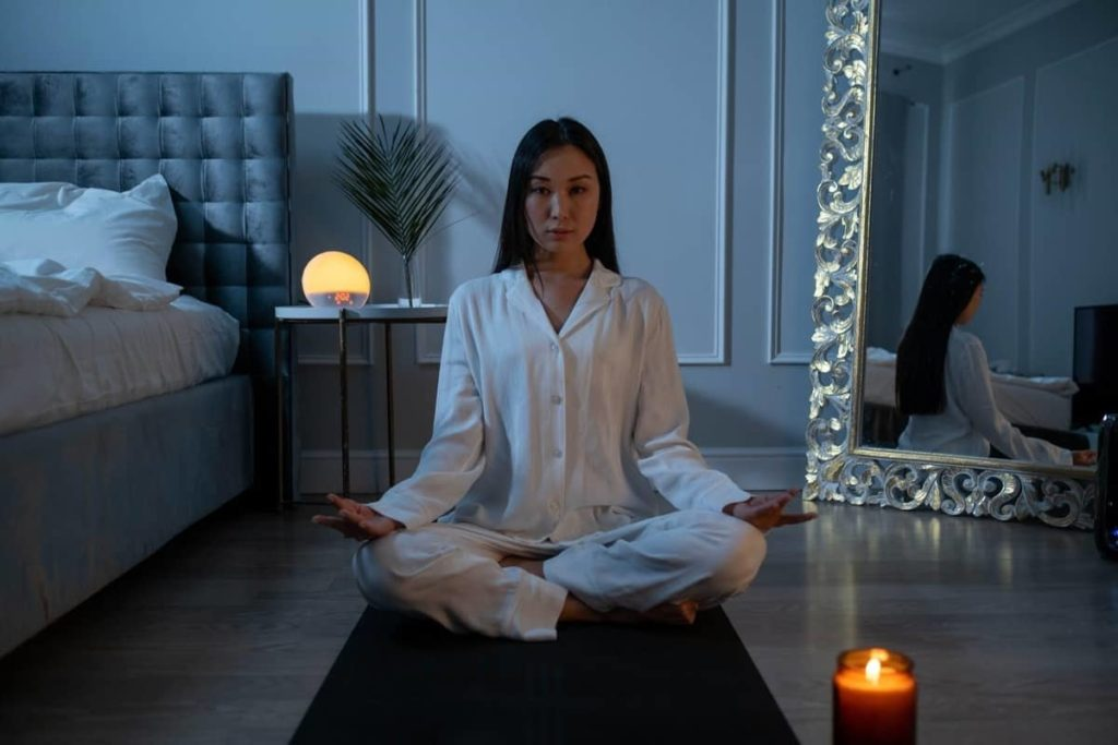 De-Stressing Exercises For You To Try